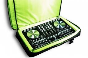 Reloop Beatmix 4 Set Bundle: inkl. Dj-Tasche / Rucksack